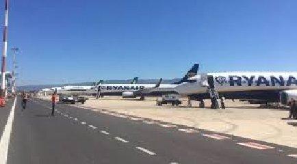 https://www.ragusanews.com//immagini_articoli/19-04-2019/aeroporto-comiso-sac-sara-seconda-pista-di-catania-240.jpg
