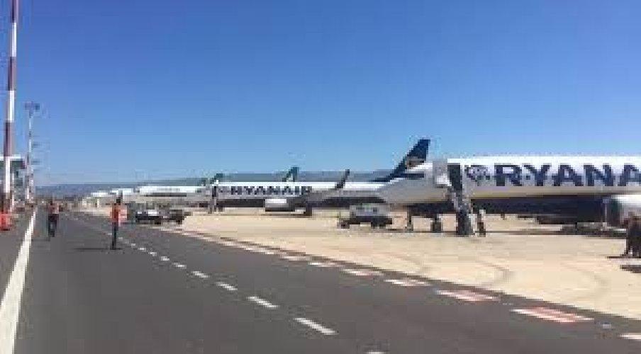 https://www.ragusanews.com//immagini_articoli/19-04-2019/aeroporto-comiso-sac-sara-seconda-pista-di-catania-500.jpg