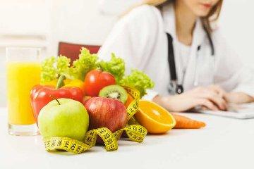 https://www.ragusanews.com//immagini_articoli/19-04-2019/dimagrire-con-la-frutta-e-la-verdura-di-stagione-perdi-3-kg-240.jpg