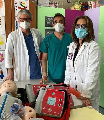 https://www.ragusanews.com//immagini_articoli/19-04-2021/bapr-ragusa-acquista-attrezzature-per-l-ospedale-cannizzaro-di-catania-500.jpg