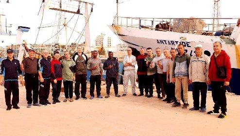 https://www.ragusanews.com//immagini_articoli/19-04-2021/mazara-i-18-pescatori-sequestrati-chiedono-un-milione-a-testa-alla-libia-280.jpg