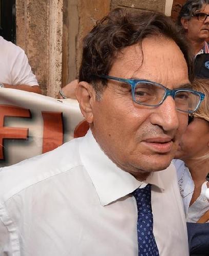 http://www.ragusanews.com//immagini_articoli/19-05-2017/corruzione-indagato-anche-crocetta-500.jpg