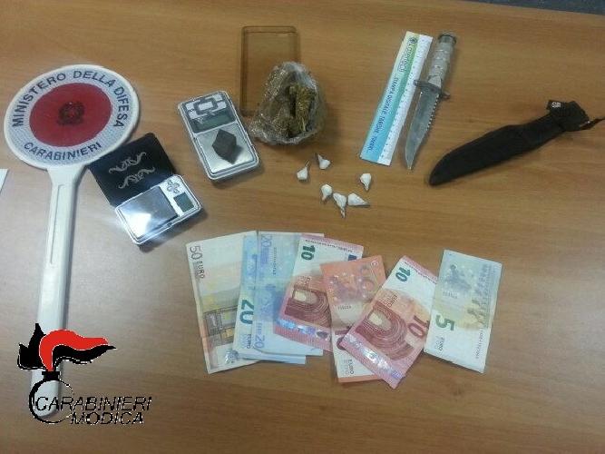 http://www.ragusanews.com//immagini_articoli/19-05-2017/droga-nellofficina-arrestato-gianfranco-mansueto-500.jpg