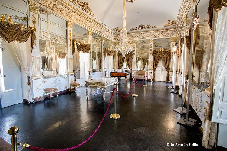 https://www.ragusanews.com//immagini_articoli/19-05-2017/orari-apertura-estivi-castello-donnafugata-500.jpg