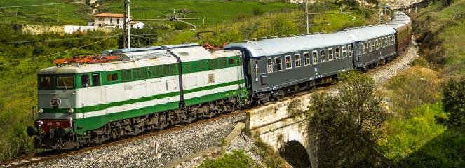 https://www.ragusanews.com//immagini_articoli/19-06-2019/treno-storico-da-palermo-a-petralia-sottana-gangi-e-sperlinga-240.png