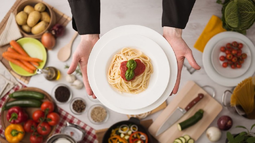 https://www.ragusanews.com//immagini_articoli/19-06-2020/dieta-mediterranea-il-menu-settimanale-500.jpg