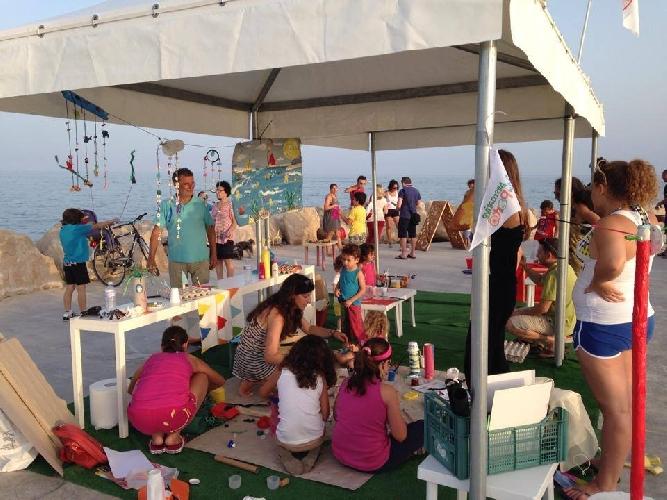 http://www.ragusanews.com//immagini_articoli/19-07-2014/dal-20-luglio-giochi-all-aria-aperta-al-porto-500.jpg