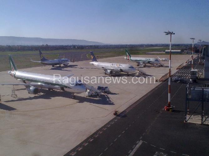 http://www.ragusanews.com//immagini_articoli/19-07-2016/un-bando-per-incentivare-le-rotte-per-l-aeroporto-di-comiso-500.jpg