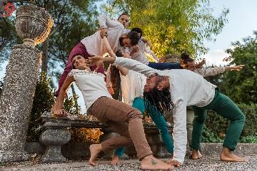 http://www.ragusanews.com//immagini_articoli/19-07-2017/ibla-danzart-festival-240.jpg