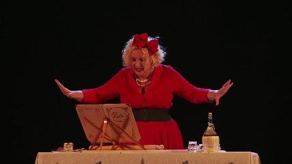 http://www.ragusanews.com//immagini_articoli/19-07-2017/maria-timo-teatro-xenia-240.jpg