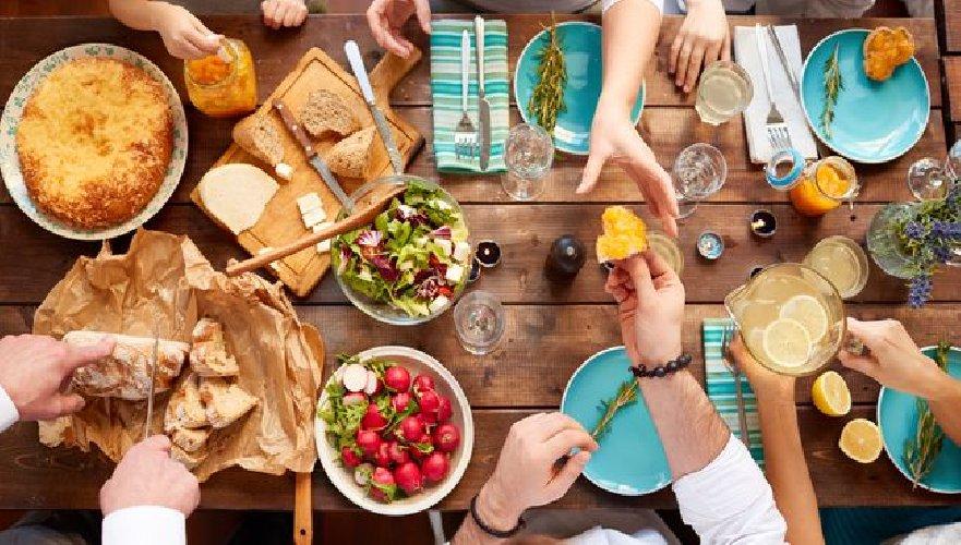 https://www.ragusanews.com//immagini_articoli/19-08-2019/la-dieta-dott-mozzi-per-gruppo-sanguigno-500.jpg