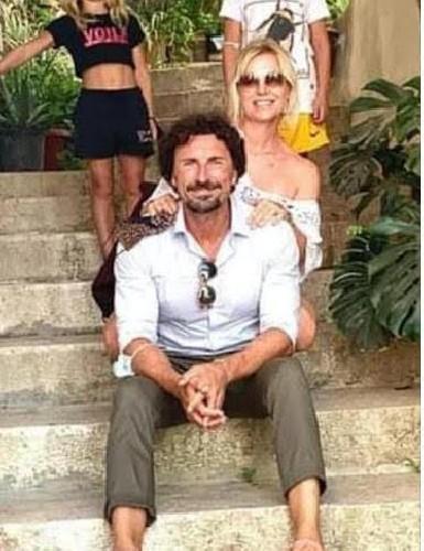 https://www.ragusanews.com//immagini_articoli/19-08-2020/l-ex-ministro-toninelli-innamorato-di-ibla-500.jpg