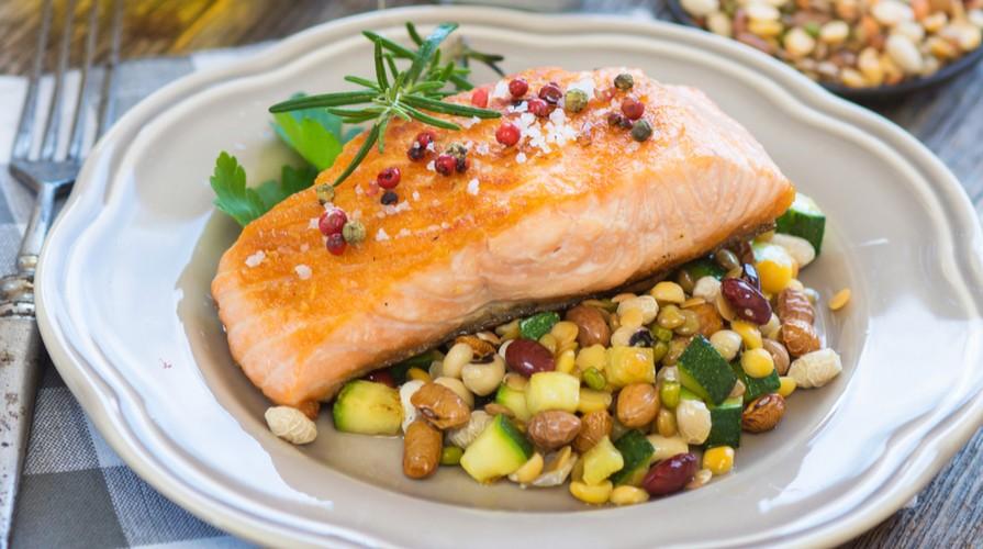 https://www.ragusanews.com//immagini_articoli/19-08-2020/la-dieta-per-combattere-la-steatosi-500.jpg