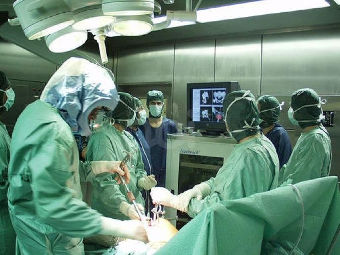 http://www.ragusanews.com//immagini_articoli/19-09-2017/operato-colecisti-clinica-muore-61enne-500.jpg
