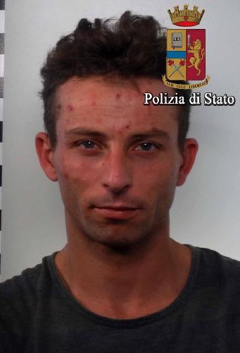 https://www.ragusanews.com//immagini_articoli/19-09-2017/vittoria-arrestati-pregiudicati-rosario-antoci-giuseppe-cammalleri-500.jpg