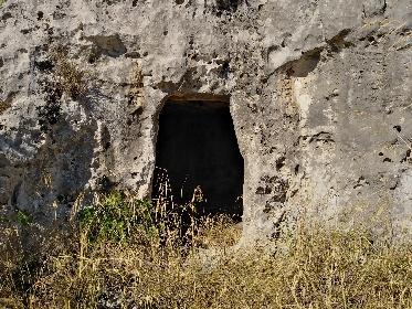 https://www.ragusanews.com//immagini_articoli/19-09-2021/1632074531-giornata-della-speleologia-a-cava-cugno-1-280.jpg
