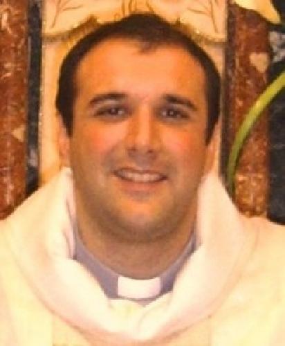 http://www.ragusanews.com//immagini_articoli/19-10-2014/don-innocenzo-mascali-parroco-di-santa-maria-delle-stelle-500.jpg