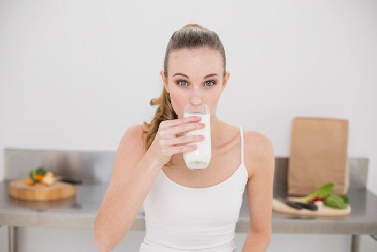 http://www.ragusanews.com//immagini_articoli/19-10-2017/dieta-latte-meno-chili-giorni-500.jpg