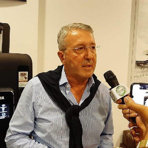 https://www.ragusanews.com//immagini_articoli/19-10-2020/agrigento-micciche-e-sindaco-sconfitto-l-uscente-firetto-500.jpg