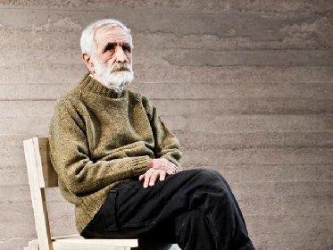 https://www.ragusanews.com//immagini_articoli/19-10-2020/e-morto-il-designer-enzo-mari-280.jpg