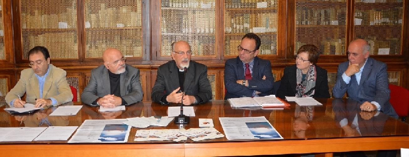 https://www.ragusanews.com//immagini_articoli/19-11-2014/partono-i-master-post-laurea-a-ragusa-500.jpg