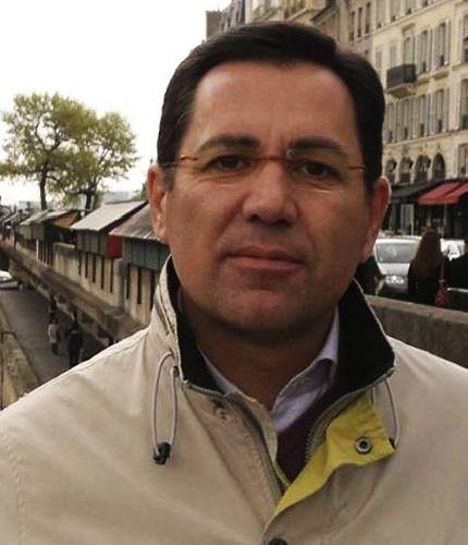 https://www.ragusanews.com//immagini_articoli/19-11-2015/riccardo-terranova-si-candida-a-sindaco-di-vittoria-500.jpg