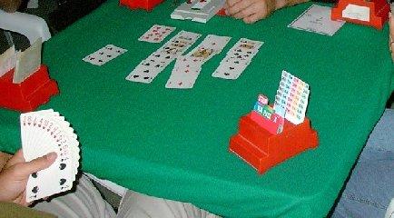 https://www.ragusanews.com//immagini_articoli/19-11-2018/bravo-comune-modica-insegna-giocare-bridge-240.jpg