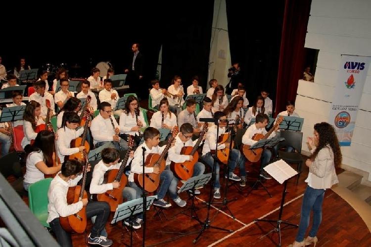 http://www.ragusanews.com//immagini_articoli/19-12-2015/concerto-di-natale-a-jungi-500.jpg