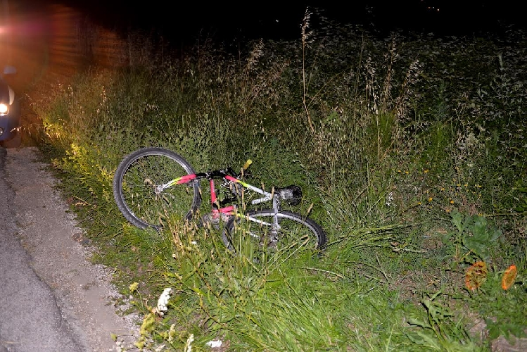 http://www.ragusanews.com//immagini_articoli/19-12-2015/malore-in-bici-muore-a-65-anni-500.jpg