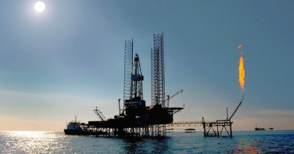 http://www.ragusanews.com//immagini_articoli/20-01-2014/sicilia-paradiso-fiscale-dei-petrolieri-500.jpg