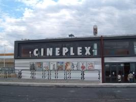 http://www.ragusanews.com//immagini_articoli/20-02-2017/cineplex-vendita-200.jpg