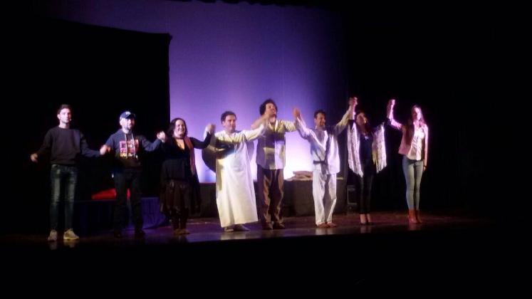 http://www.ragusanews.com//immagini_articoli/20-02-2017/piace-colapesce-teatro-scicli-420.jpg