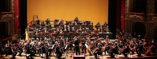 https://www.ragusanews.com//immagini_articoli/20-03-2018/modica-orchestra-teatro-bellini-catania-240.png