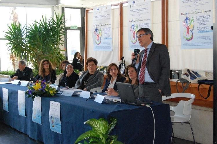https://www.ragusanews.com//immagini_articoli/20-04-2012/integrazione-scolastica-stranierochi-500.jpg