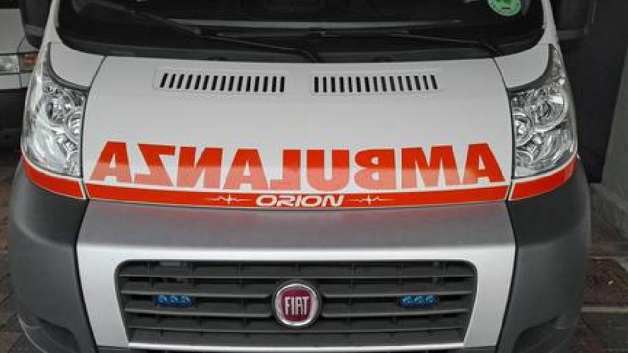 http://www.ragusanews.com//immagini_articoli/20-04-2017/dimezzate-postazioni-ambulanze-500.jpg