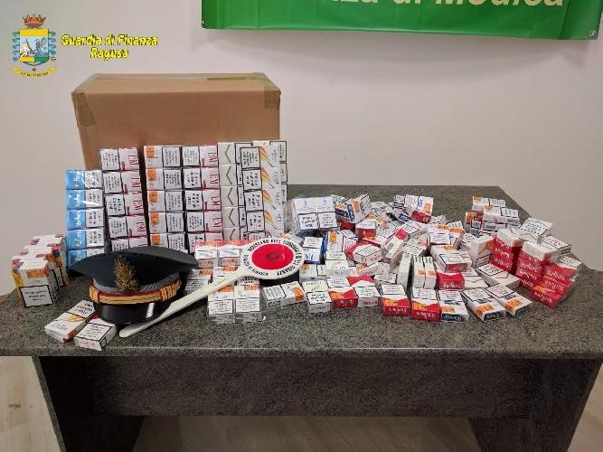 https://www.ragusanews.com//immagini_articoli/20-04-2017/pizzaiolo-contrabbandiere-sigarette-500.jpg