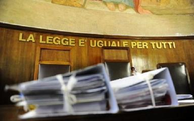 http://www.ragusanews.com//immagini_articoli/20-04-2017/ragusa-primo-seminario-riforma-sistema-penale-240.jpg