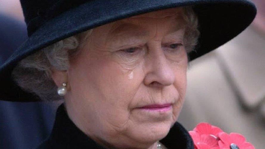 https://www.ragusanews.com//immagini_articoli/20-04-2021/la-regina-elisabetta-compie-95-anni-il-compleanno-piu-triste-500.jpg