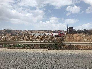 https://www.ragusanews.com//immagini_articoli/20-05-2018/incendio-cava-tufo-monte-donnalucata-240.jpg