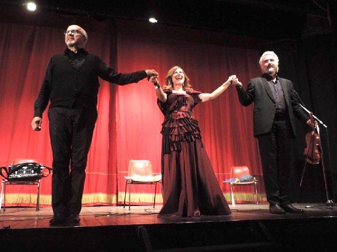 https://www.ragusanews.com//immagini_articoli/20-05-2019/applausi-per-l-ultimo-spettacolo-di-melodica-a-ragusa-500.jpg