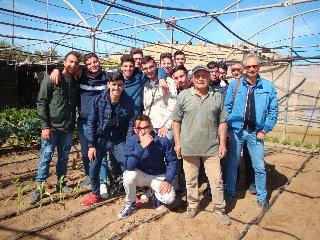 https://www.ragusanews.com//immagini_articoli/20-05-2019/giovanni-ficili-92-anni-l-agricoltura-e-cultura-240.jpg
