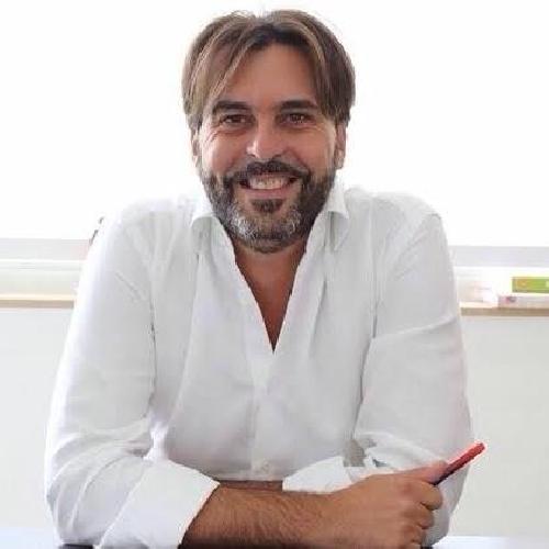 https://www.ragusanews.com//immagini_articoli/20-06-2016/saro-il-sindaco-di-tutti-parola-di-giovanni-moscato-500.jpg