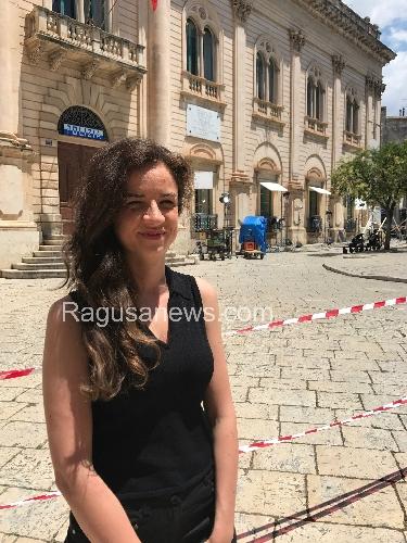 http://www.ragusanews.com//immagini_articoli/20-06-2017/chiaramontana-commissario-montalbano-500.jpg