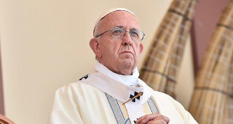 https://www.ragusanews.com//immagini_articoli/20-06-2018/separare-figli-genitori-immorale-papa-francesco-trump-500.jpg