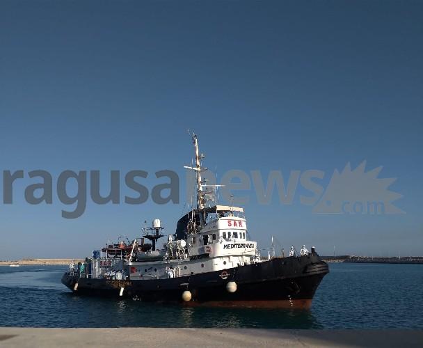 https://www.ragusanews.com//immagini_articoli/20-06-2020/67-migranti-sbarcano-a-pozzallo-500.jpg