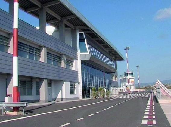 http://www.ragusanews.com//immagini_articoli/20-07-2016/appalto-bretella-di-collegamento-aeroporto-aperte-le-buste-420.jpg