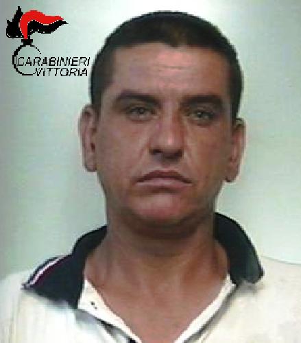 http://www.ragusanews.com//immagini_articoli/20-07-2017/picchia-moglie-minaccia-morte-arrestato-rumeno-500.png
