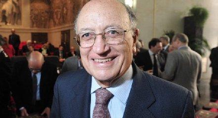 https://www.ragusanews.com//immagini_articoli/20-07-2019/e-morto-francesco-saverio-borrelli-240.jpg
