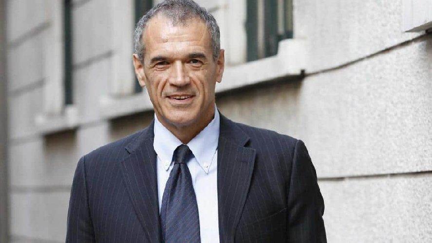 https://www.ragusanews.com//immagini_articoli/20-07-2019/il-mancato-premier-carlo-cottarelli-il-12-settembre-a-scicli-500.jpg