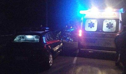 https://www.ragusanews.com//immagini_articoli/20-08-2018/auto-camion-morto-feriti-catania-gela-240.jpg